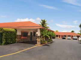 Super 8 by Wyndham Florida City/Homestead/Everglades, hotel v destinaci Florida City