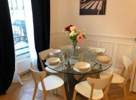RESIDENCE MONTORGUEIL, apartment in Paris