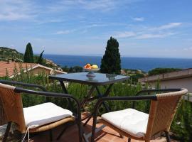Casa la Scala - Meer, Gebirge und ein hübsches Haus, holiday home in Giglio Porto