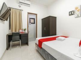 DeKost Grogol, guest house in Jakarta
