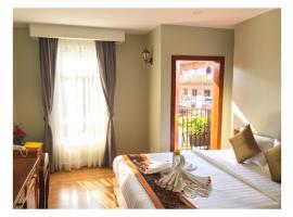 Mombrocheabrey hotel, hotel in Kratie