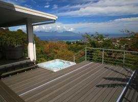 Ocean view & spa, hótel í Punaauia