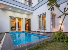 Villa Esencia by Vista Rooms, self catering accommodation in Siolim
