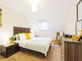 Five Lamps Suites, apartment in Dublin