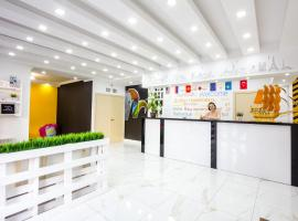 WHITE HOTEL & HOSTEL, hotel in Bishkek