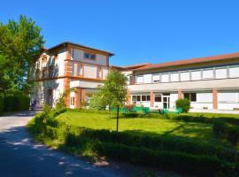Centre Louis Ormières, hôtel à Montauban