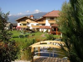 Hotel Tannenhof, hotell i Bruneck