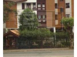 Campos do Jordao Duplex com Varanda Lindo, hotel with pools in Campos do Jordão
