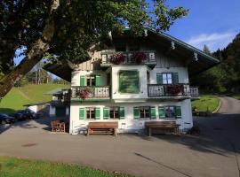 Berggasthof Pechhäusl, Pension in Berchtesgaden