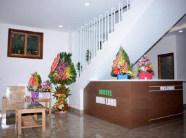 Hưng Long Hostel, B&B in Hue