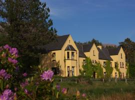 Lough Inagh Lodge Hotel, hotel in Recess