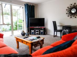 Highview Drive Apartment, hotel in Nelson