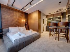 Black Pearl Luxury Suites: Belgrad'da bir Oda ve Kahvaltı
