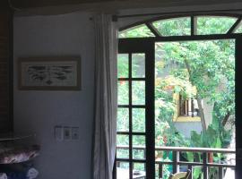 Buganville Loft, family hotel in Abraão