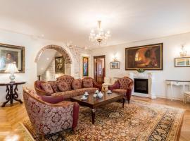 Villa Nepos Hotel, hotel in Split