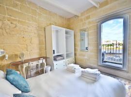 Eight Point Living 6B, villa in Birgu