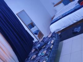 H53 SUITES, hotel near Murtala Muhammed International Airport - LOS, Ikeja