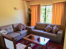 Casa confortable, campo y playa, vacation home in Buchupureo