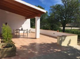 Ca Ses Celleres, pet-friendly hotel in La Mola