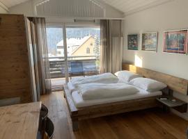 Studio Top im des Alpes, Hotel in der Nähe von: Caumasee, Flims