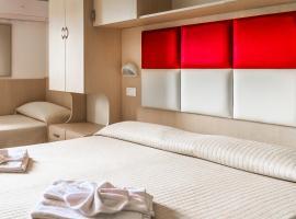 Hotel Stresa, отель в Римини