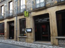 Hôtel Restaurant Le Saint Clément, hôtel à Saint-Clement-sur-Valsonne
