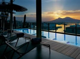 Romeo hotel, hotel with pools in Naples