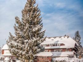Kaisers Tanne - Premium Alles Inklusive Hotel, golf hotel in Breitnau