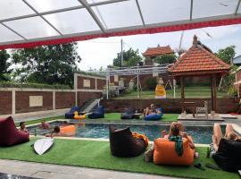 Oka's Guest House, hotel in Canggu