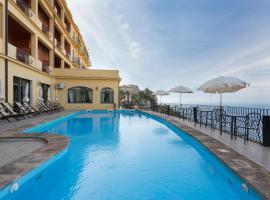 Hotel Sole Castello, отель в Таормине