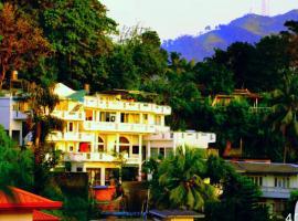 White Plaza Hotel, hotel near Kandy Lake, Kandy