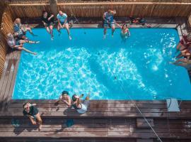 Frendz Hostel Boracay, hotel near Boracay White Beach, Boracay