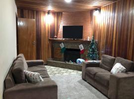 Casa anexa com lareira, self catering accommodation in Campos do Jordão