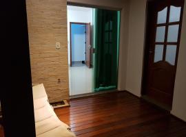 Quarto com Varanda - Casa do Edson, hotel near Iguatemi Shopping, Campinas