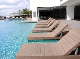 1Tebrau Premium Suites by 12stay, apartment in Johor Bahru