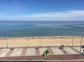 Très belle vue en front de mer, budget hotel in Villers-sur-Mer