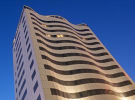 The Royal Riviera Hotel Doha, hotel near Hamad International Airport - DOH, Doha