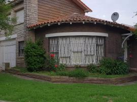 Villa Vida, hotel cerca de Puerto de Mar del Plata, Mar del Plata