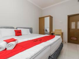 RedDoorz near Central Park Mall, hotel in Jakarta
