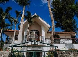 Villa Leonardo en Costa Bavaro, hotel near Plaza San Juan Shopping Center, Punta Cana