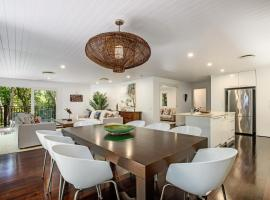 Dual-living amongst the rainforest, Little Cove, vacation home in Noosa Heads