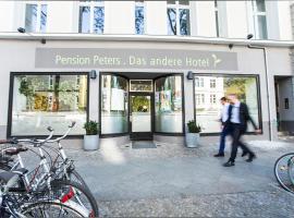 Pension Peters – Das andere Hotel, hotel near Kurfürstendamm, Berlin