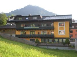 Hotel-Pension Wolfgang, hotel in Saalbach-Hinterglemm