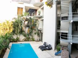 Hotel RS Suites, отель в городе Тустла-Гутьеррес