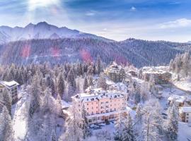 Romantik Hotel Schweizerhof, hotel in Flims