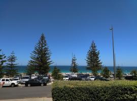 Salty Kiss, hotel near Scarborough Beach, Perth