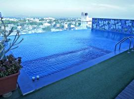 Hotel Vrishali Executive, hotel with pools in Kolhapur