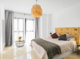 Apartamento Lujo Ancha del Carmen, hotel cerca de Estación de tren de Málaga, Málaga