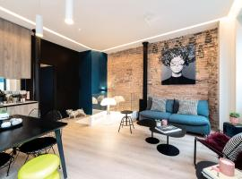 Exclusive Loft in Le Marais with AC, hotel near Arts et Métiers Metro Station, Paris