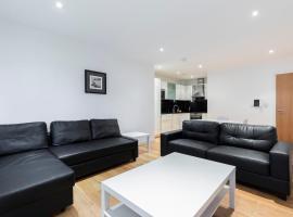Latitude Apartment, apartment in Croydon